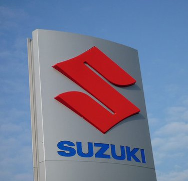 SUZUKI LINKS EN CLUBS